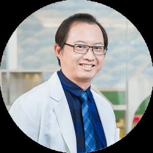 大甲精品牙醫 植牙專家王智聰醫師